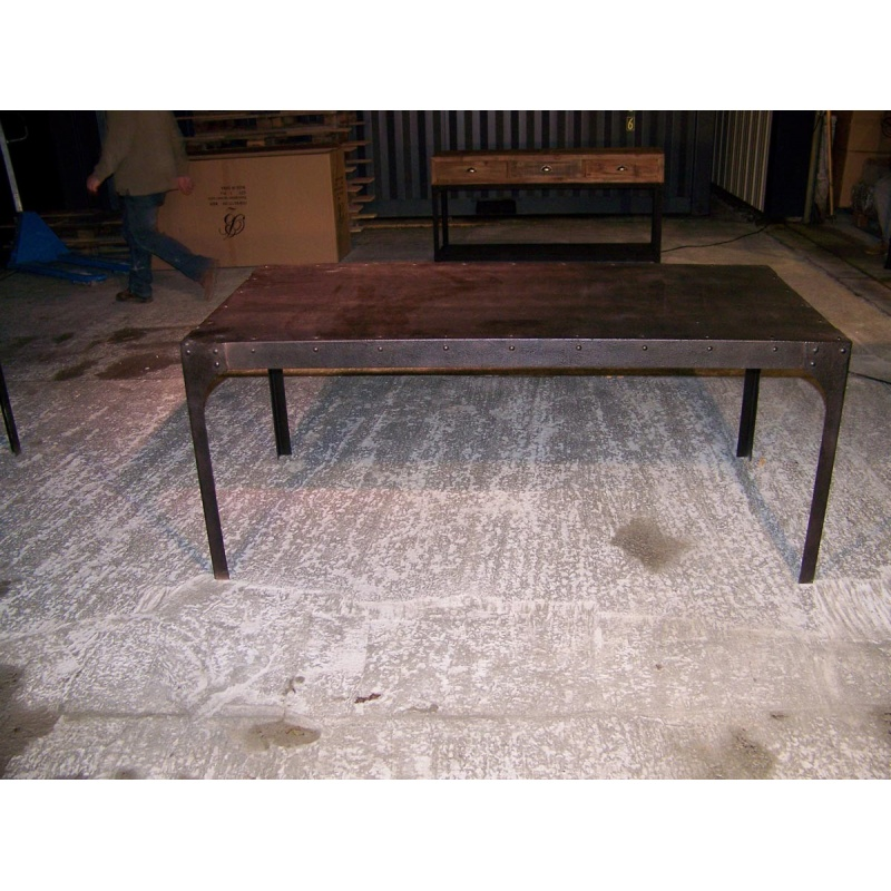 Table en fer style industriel jp2b d coration for Table exterieur industriel