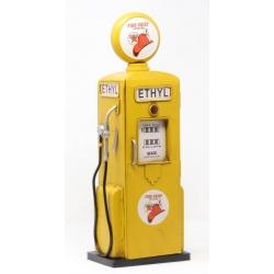 Pompe à essence jaune