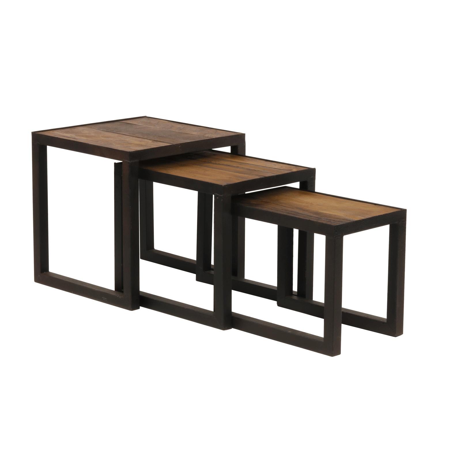 Set table gigogne